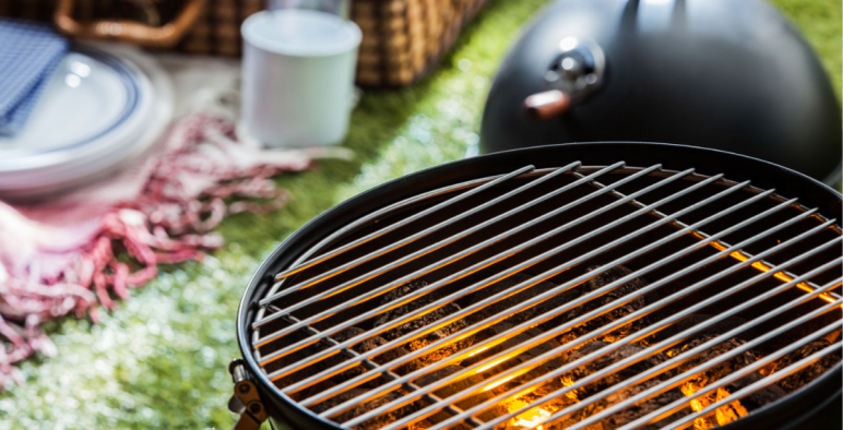 How To Clean A Bbq Grill In 10 Easy Steps King Of Maids Blog