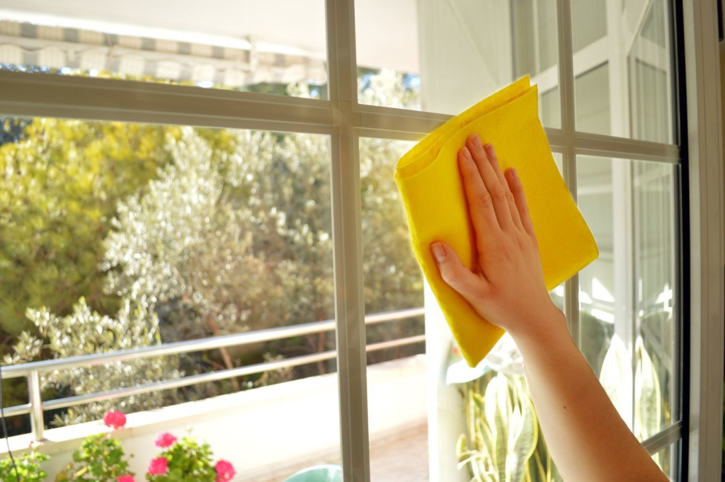 Dry your windows with cloth