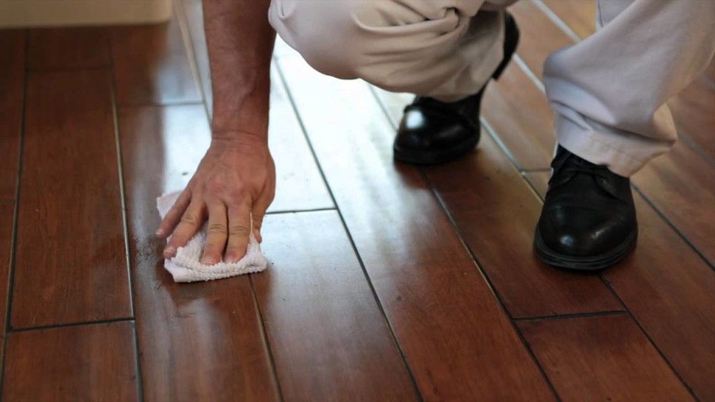 Get rid of marks and scuffs on floor