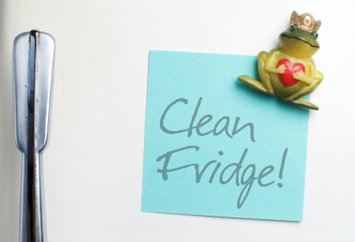 clean the fridge