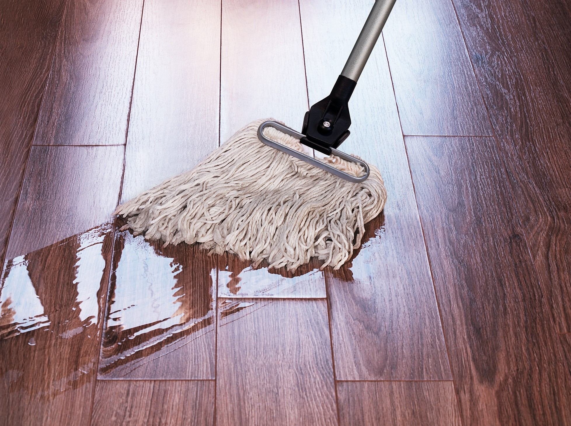 Cleaning Vinyl Floors - The Best Step By Step Guide