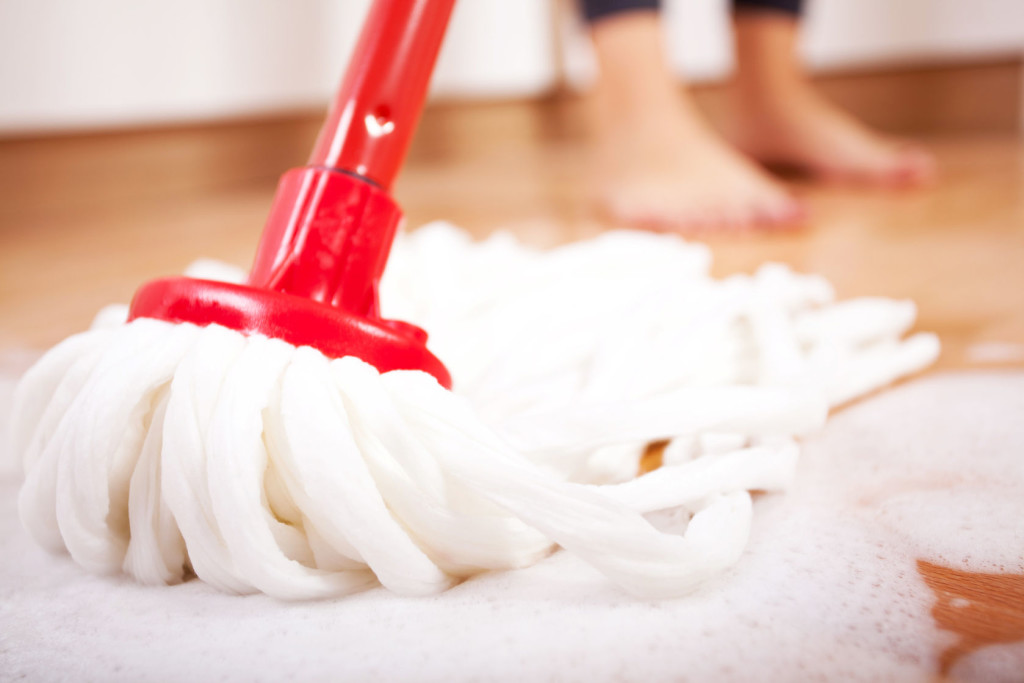 how to mop your hardwood floor