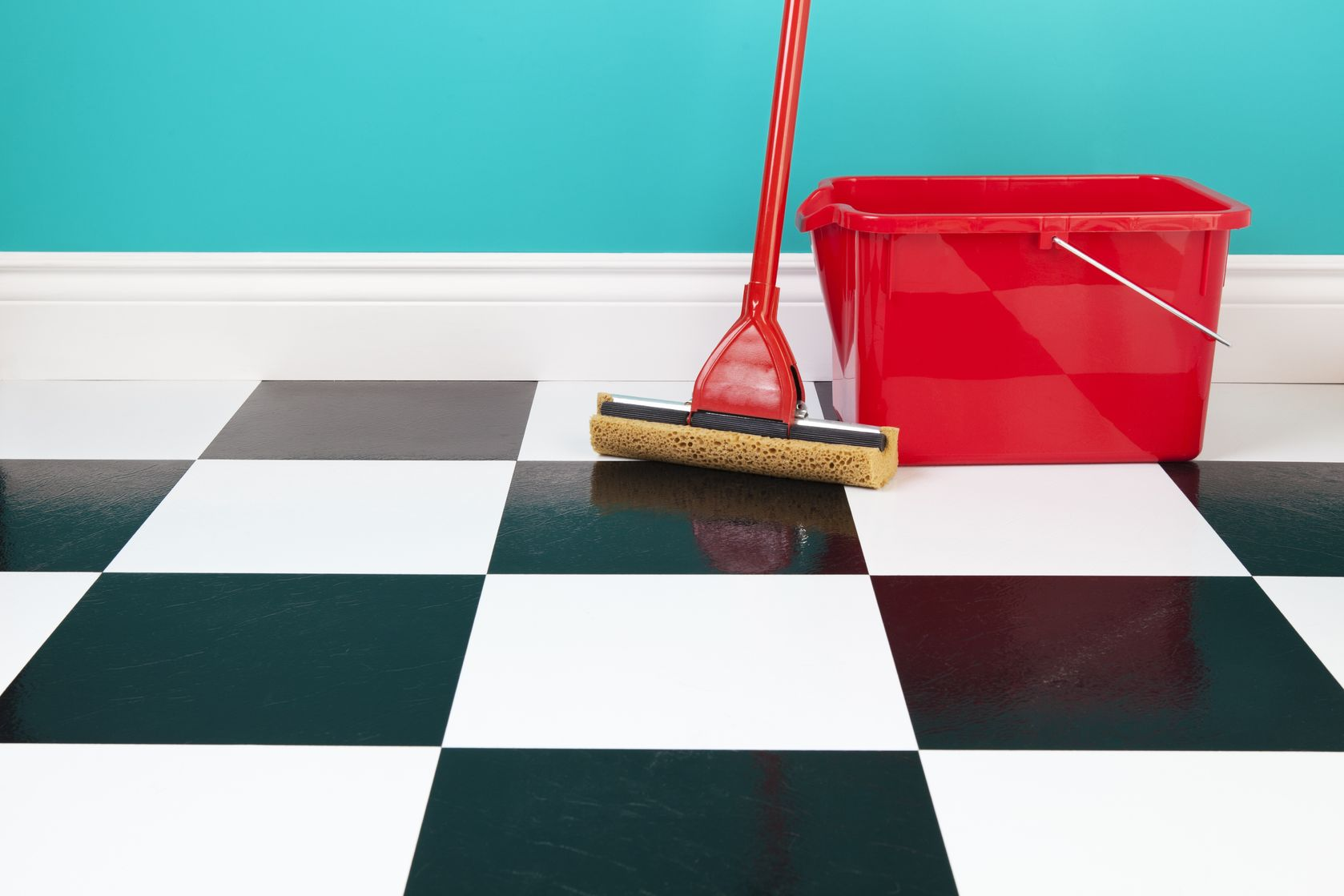 How To Clean Kitchen Tiles The Right Way King Of Maids Cleaning