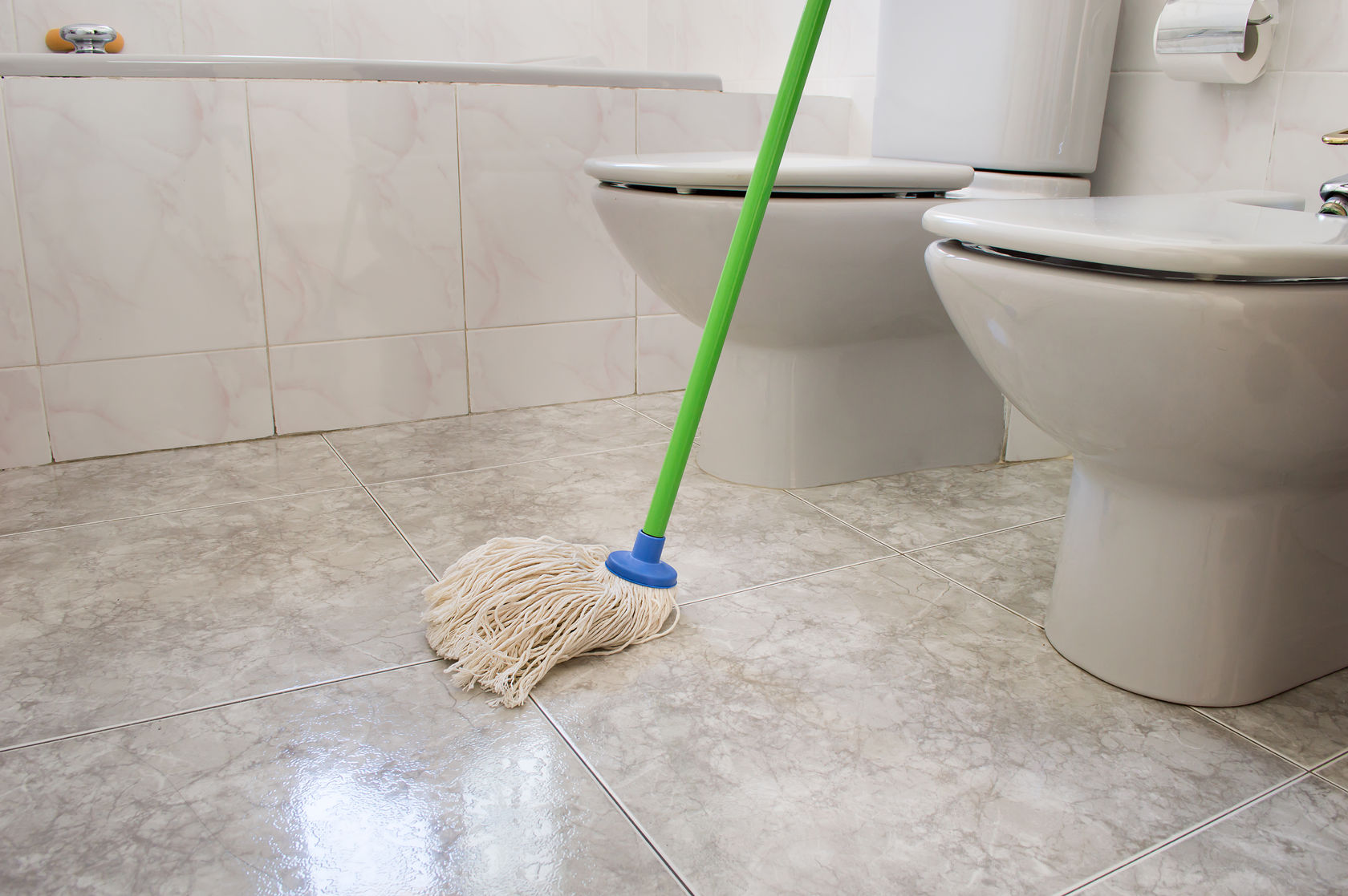How to clean your bathroom in 9 easy steps for Bathroom floor cleaning products