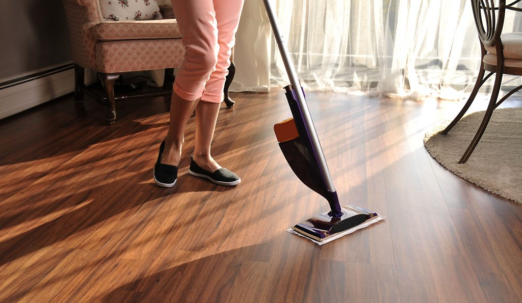 Cleaning Laminate Floors Dos And Don Ts, What Is The Best Way To Clean Laminate Flooring