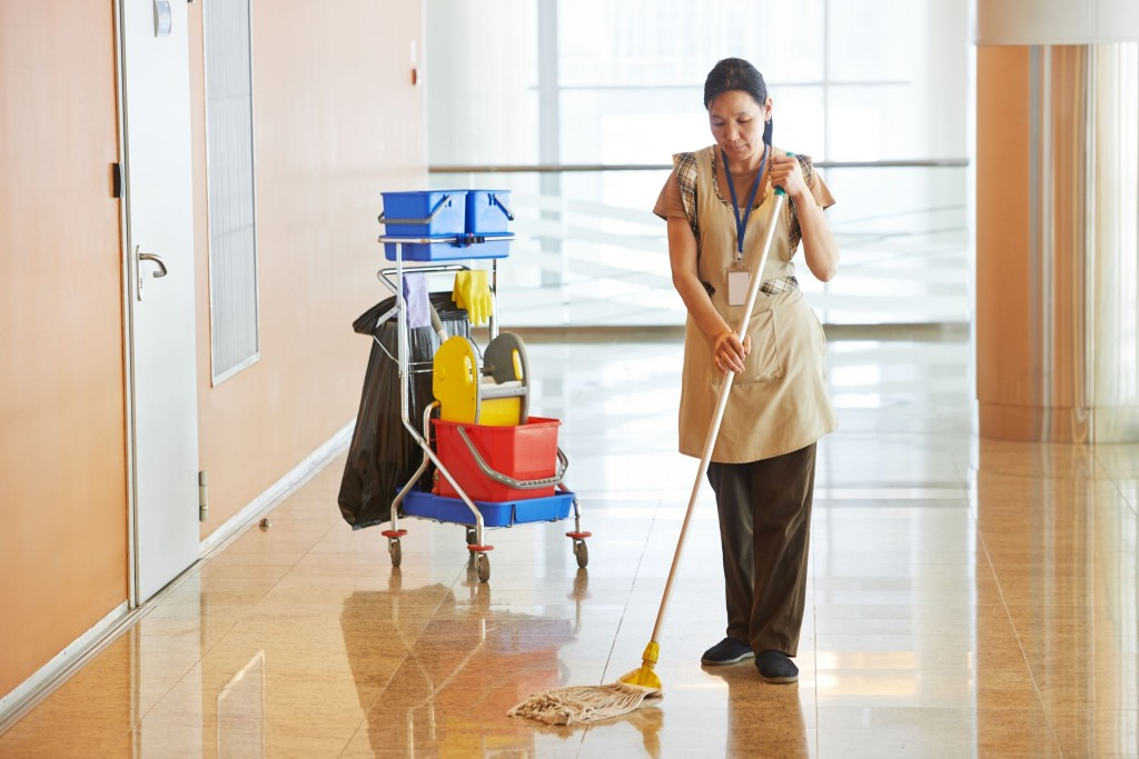floor cleaning - King of Maids