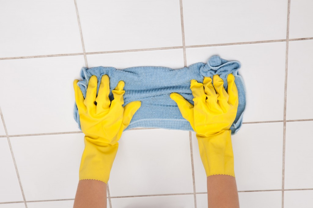 tile floor cleaning 3