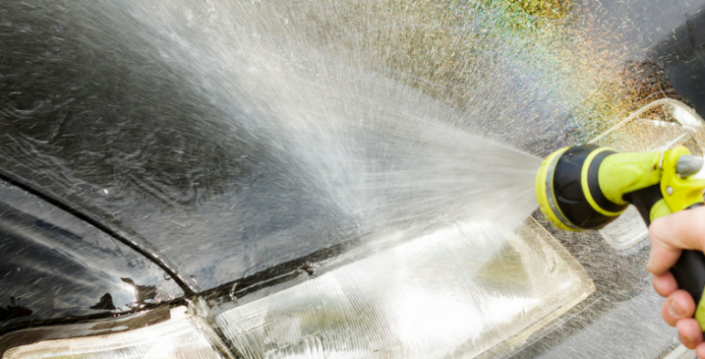 10 Clever Green Hack Videos That Will Clean Your Car